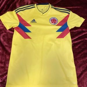 Adidas Colombian jersey for men size Small
